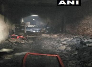 Delhi Police DCP North Monika Bhardwaj: Rehan, the owner of the building against whom a case has been registered under section 304 IPC, is currently absconding. | दिल्ली: आग लगने से 43 लोगों की मौत के मामले में भवन मालिक के खिलाफ आईपीसी की धारा 304 के तहत दर्ज हुआ केस