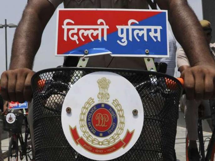 Bumper recruitment for 12th pass constable posts in delhi police, know last date of application   12वीं पास के लिए यहां निकली हेड कांस्टेबल पदों पर बंपर भर्तियां, जानें आवेदन की आखिरी तारीख