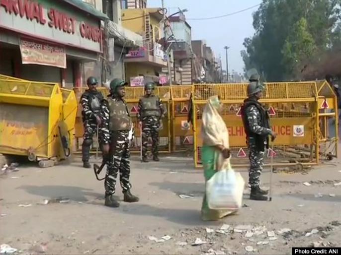 Delhi Violence Mustafabad Crowd attacked physically disabled person while Namaz wife tell story | 'मेरा बेटालौट आया,मेरे शौहर वहीं थे',मुस्तफाबाद की महिला ने दिल्ली हिंसा पर बयां किया दर्द,नमाज पढ़ते वक्त पति पर हमला