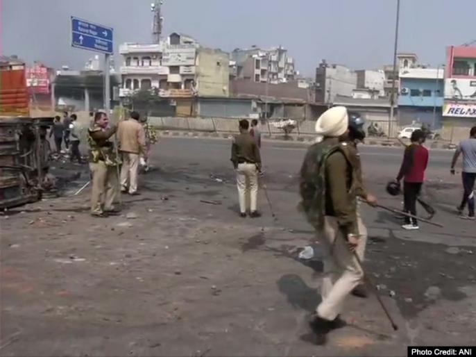 Delhi Violence ki taaza khabar latest breaking news hindi delhi caa protest riots live news Update jafrabad maujpur news hindi latest update | दिल्ली हिंसा: डोभाल की 'जो हुआ सो हुआ' वाली टिप्पणी चौकाने वाली, हिंसा की न्यायिक जांच हो :माकपा