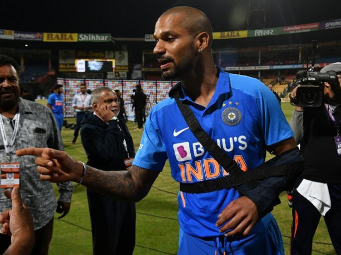 Indian Opener Shikhar Dhawan ruled out of cricketing action for 10 weeks due to shoulder injury | शिखर धवन के कंधे में लगी चोट, अब फिर इतने दिनों के लिए क्रिकेट मैदान से रहना होगा दूर