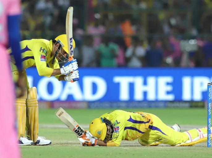 CSK vs RR Playing 11 IPL 2021 Latest Updates ms dhoni dive on field against rajasthan royals | IPL 2021: बाल-बाल बचे महेंद्र सिंह धोनी, रन आउट होने से बचने के लिए किया ऐसा काम कि देख हर कोई रह गया हैरान