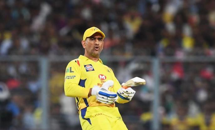 IPL 2021 Chennai Super Kings captain Mahendra Singh Dhoni Deepak Chahar's death over registering first win | IPL 2021:महेंद्र सिंह धोनी बोले-डेथ ओवर में बेहतरीन गेंदबाज बन गए हैंदीपक चाहर,पावरप्ले में भी जिम्मेदारी निभाए...