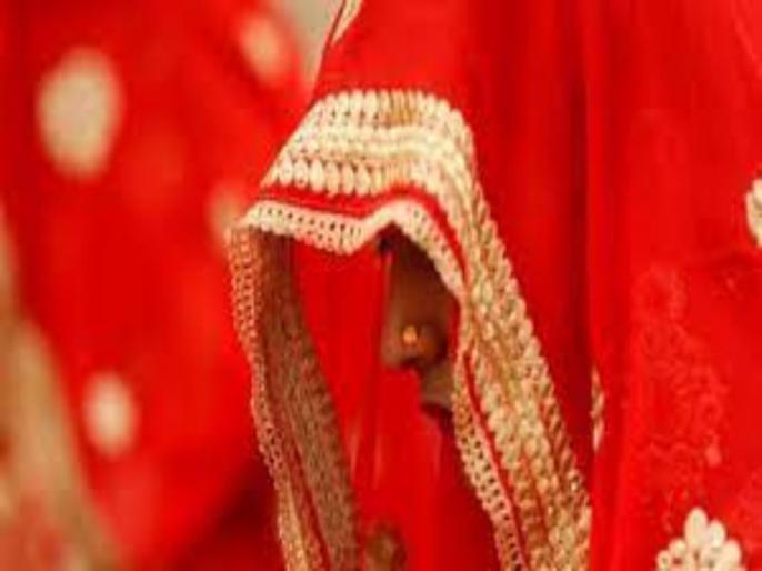 bride arrested in surat for looting many grooms after getting married | लुटेरी दुल्हन पैसों के लिए करती थी शादी, 21 साल में ही कर चुकी है कई शादियां, जानें पूरा मामला