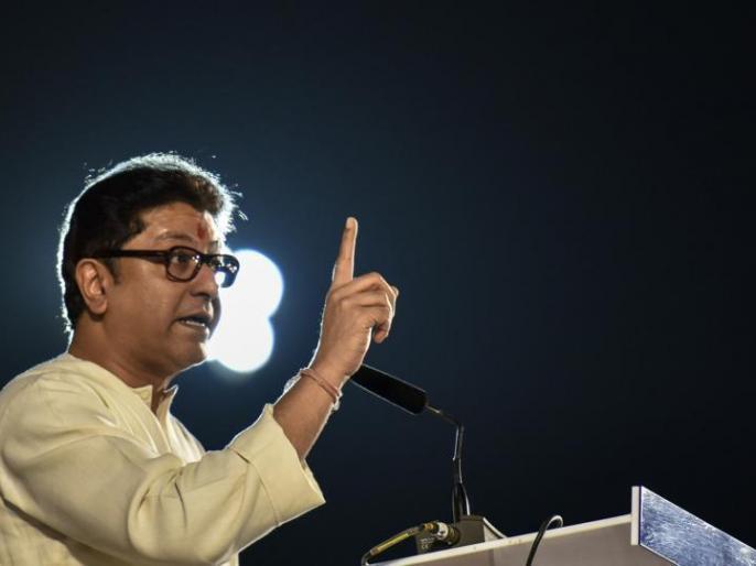 MNS chief Thackeray attacked North Indian, said - local people are not getting opportunities due to outsiders | मनसे प्रमुख ठाकरे ने उत्तर भारतीय पर हमला बोला, कहा- बाहरी लोगों के कारणस्थानीय लोगों को मौके नहीं मिल रहे
