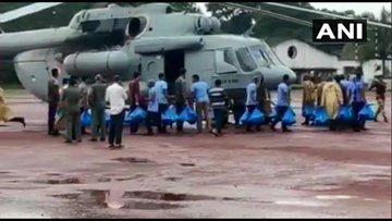 Kerala floods: 'Red alert' declared in Ernakulam, Idukki and Alappuzha, death toll is 88 | केरल में बाढ़ः एर्नाकुलम, इडुक्की और अलाप्पुझा में 'रेड अलर्ट' घोषित, मरने वालों की संख्या 88 हुई