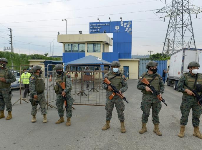 Ecuador prison riotsleast 75 dead dozens injured jails in three cities 800 police officers helped | इक्वाडोर के तीन शहरों की जेलों मेंझड़प, 75 कैदियों की मौत,800 पुलिस अधिकारी नियंत्रण में जुटे