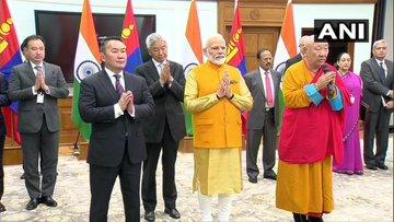 From Delhi, PM Modi unveiled the statue of Lord Buddha at Ulanbator | दिल्ली से ही पीएम मोदी ने किया मंगोलिया की राजधानी में स्थित भगवान बुद्ध की मूर्ति का अनावरण