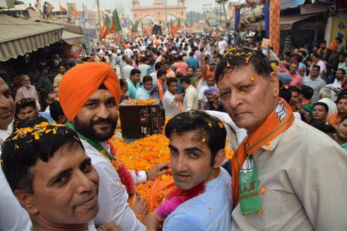 BJP MP Gambhir did road show and campaign in favor of former hockey captain Sandeep, said - win Dutt and Phogat | भाजपा सांसद गंभीर नेपूर्व हॉकी कप्तान संदीपके पक्ष में किया रोड शो औरप्रचार, कहा-दत्त वफोगाट को पास कर दीजिए