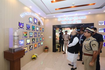 The country is proud of the 'exemplary valor' of the paramilitary soldiers, the country will be 'forever indebted', salute courage: Shah | देश को अर्द्धसैनिक बल के जवानों की 'अनुकरणीय वीरता'पर गर्व,देश 'हमेशा ऋणी' रहेगा, साहस को सलामःशाह