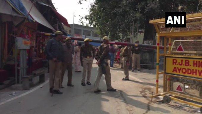 Ayodhya on high alert, tomorrow anniversary of Babri demolition, 269 police booths installed in sensitive areas   हाई अलर्ट पर अयोध्या, कलबाबरी विध्वंस की बरसी,संवेदनशील इलाकों में 269 पुलिस बूथ स्थापित