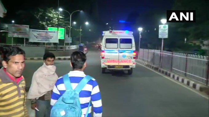 Unnao Victim: Threatened to burn shop and not to live as uncle and aunt suffer   उन्नाव पीड़िताःचाचा-चाची को अंजाम भुगतने के साथ ही दुकान जलाने और जीने न देने की धमकी