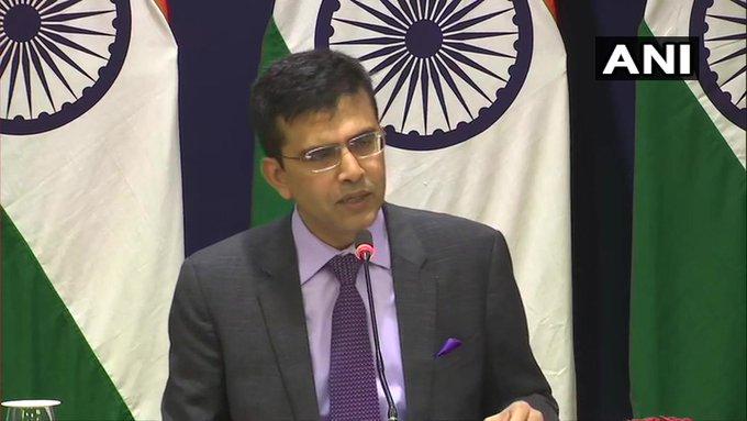 Controversial self-styled Nityananda passport canceled, Indian embassies alerted: External Affairs Ministry | विवादास्पद स्वयंभूनित्यानंद का पासपोर्ट रद्द,भारतीय दूतावासों को सतर्क किया गयाःविदेश मंत्रालय