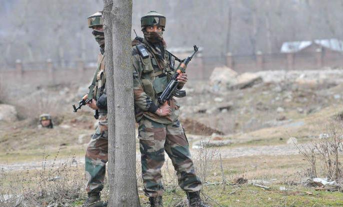 Encounter in Pulwama of Jammu Kashmir, two militant heaps | जम्मू कश्मीर के पुलवामा में मुठभेड़, दो आतंकवादी ढेर
