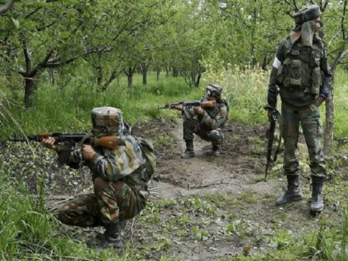 Srinagar: Encounter breaks out between terrorists and security forces near Batamaloo area | जम्मू-कश्मीर: बटामालू इलाके में सेना और आंतकियों के बीच मुठभेड़, दो जवान घायल