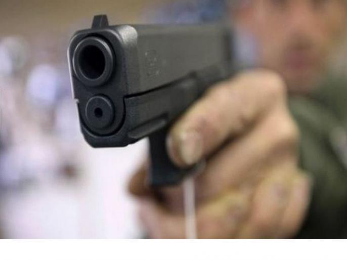 Uttar Pradesh Noida sector 15 Encounter between police and miscreants, two admitted in hospital   नोएडा सेक्टर-15 में पुलिस और बदमाशों के बीच मुठभेड़, दो को लगी गोली, पैरोल पर जेल से आए थे बाहर