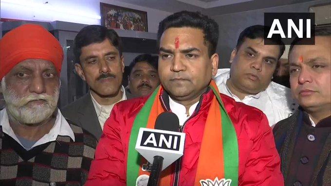 BJP candidate Kapil Mishra on 'Mini Pakistan', Election Officer said- FIR should be lodged | बुरे फंसेभाजपा उम्मीदवार कपिल मिश्रा,निर्वाचन अधिकारी ने कहा-FIR दर्ज की जाए