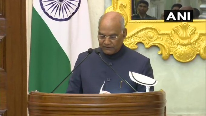 President Ram Nath Kovind issued notification to appoint Arvind Kejriwal as CM of Delhi, 6 ministers will also take oath | राष्ट्रपति कोविंद ने अरविंद केजरीवाल को दिल्ली का सीएम नियुक्त करने का नोटिफिकेशन जारी किया, 6 मंत्री भी लेंगे शपथ