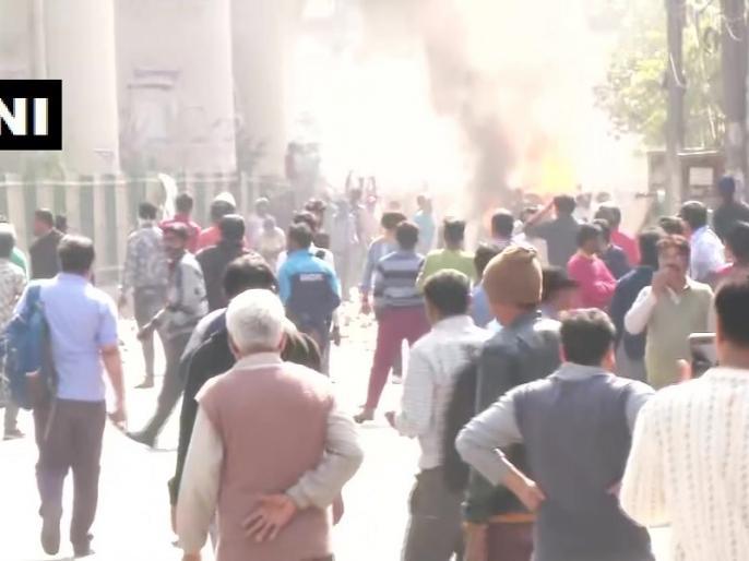 Harbhajan Singh tweet on Delhi Violence, says- Apne hi apno ko kyu mar rahe hai | दिल्ली हिंसा पर इस बड़े क्रिकेटर ने लोगों से की खास अपील, कहा- अपने ही अपनों को क्यों...