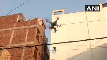 Delhi Violence: Society set precedent, did not allow miscreants to enter Vijay Park and Yamuna Vihar | दिल्ली हिंसाः समाज ने मिसाल पेश की,विजय पार्क और यमुना विहार में नहीं घुसने दिया उपद्रवियों को