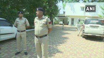 ChhattisgarhIncome Tax Department is today conducting raids at 25 premises in Raipur | छत्तीसगढ़ में इनकम टैक्स का रेड,आईएएस अधिकारी के 25 ठिकानों पर छापा, कई IAS चपेट में
