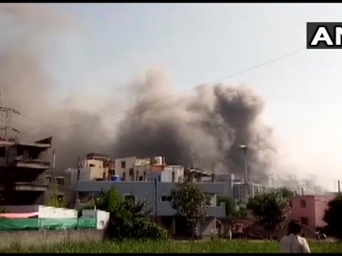 Fire breaks out in building of Corona vaccine company Serum Institute in Pune | सीरम इंस्टीट्यूट बिल्डिंग में आग, 5 लोग जिंदा जले, सीएम ठाकरे ने दिए जांच के आदेश, पीएम ने जताया दुख