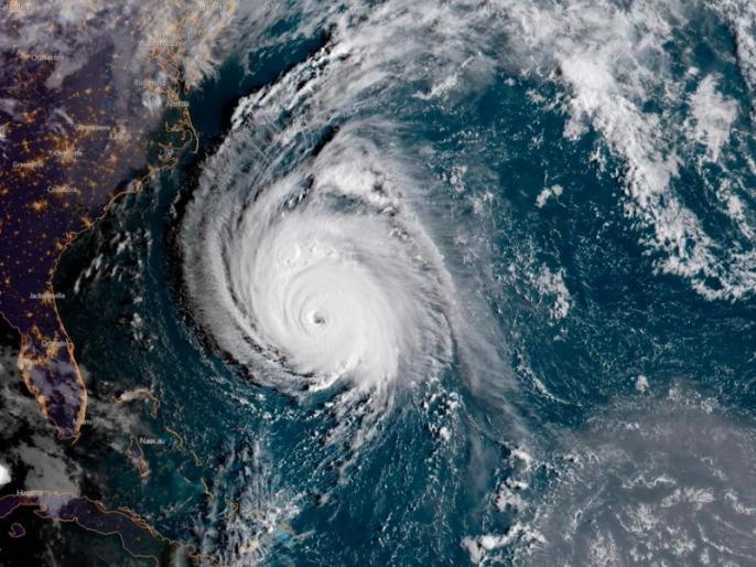 hurricane florence in america 5 people dead | अमेरिका में फ्लोरेंस तूफान का कहर जारी, 5 लोगों की मौत