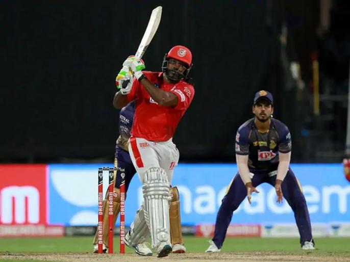 punjab player chris gayle hit 5 sixes against kolkata team are happy for his performance | IPL 2020: KKR के खिलाफ क्रिस गेल ने जड़े 5 छक्के, पंजाब की टीम ने कहा- शेर की उम्र ज्यादा है लेकिन बुड्ढा नहीं हुआ अभी तक