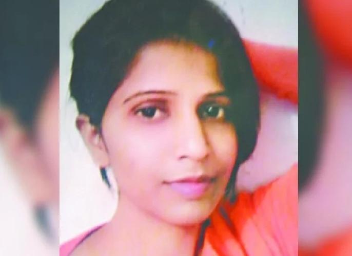 Noida GIP mall Woman jumps to death now parents denied to take dead body | ब्वॉयफ्रेंड से नाराज लड़की ने GIP मॉल से कूद कर की थी आत्महत्या, परिजनों ने शव लेने से किया इनकार