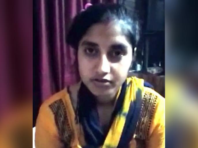 After this Sakshi Mishra,amroha girl's Video goes video, Love Marriage told father, life threatened | साक्षी मिश्रा के बाद अब इस लड़की ने वीडियो किया शेयर, लव मैरिज कर पिता से बताया जान को खतरा