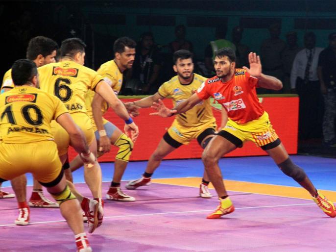 Pro Kabaddi League: Gujarat Fortunegiants beat Telugu Titans by 29-27 | Pro Kabaddi: प्वाइंट्स टेबल में टॉप पर पहुंची गुजरात की टीम, तेलुगू टाइटंस को 29-27 हराया
