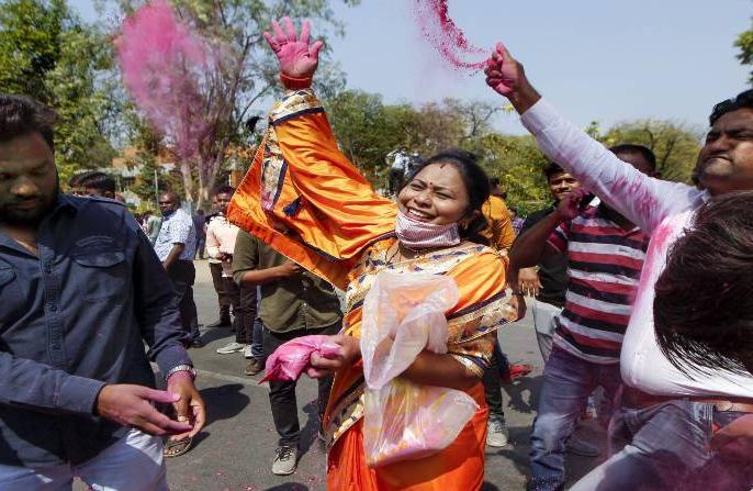 Gujarat municipal election results 2021BJP Sweeps576 seats captured 483 Congress Backfoot only 55AAAIMIM | गुजरात नगर निगम चुनावः प्रचंड जीत, 576 सीट, भाजपा ने 483 पर किया कब्जा, कांग्रेस के पास मात्र 55