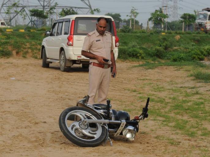 Gurugram-dwarka expressway: encounter occured and haryana police arrested 4 peoples | गुरुग्राम-द्वारका एक्सप्रेसवे पर हुई मुठभेड़, हरियाणा पुलिस ने चार वांछित अपराधियों को पकड़ा