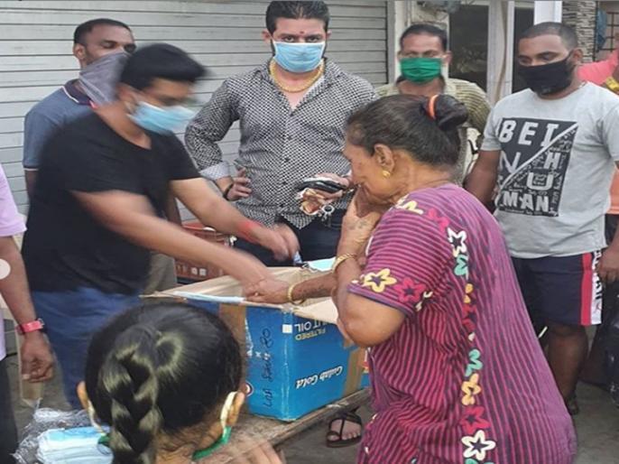 Hindustani Bhau extends help to masks and mid-day meal video goes viral on social media   लॉकडाउन के बीच गरीब और बेसहारा लोगों का सहारा बने हिंदुस्तानी भाऊ, काम जान आप भी करेंगे तारीफ