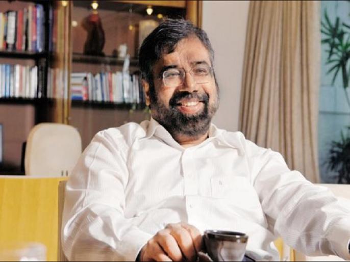 after rahul bajaj industrialist harsh goenka tweet gorakh pandey poem slams modi govt deleted | 'राजा बोला रात है, मंत्री बोला रात', राहुल बजाज के बाद इस उद्योगपति का मोदी सरकार पर तंज, लेकिन थोड़ी देर में हटा दिया ट्वीट