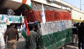 Delhi borderRohtak moving unique hut reached farmers tractor-trolleyshotel kisan protest haryana punjab | रोहतक से दिल्ली सीमा पर चलती-फिरती झोपड़ी,किसानों ने ट्रैक्टर-ट्रालियों को होटल का रूप दिया, जानें खासियत