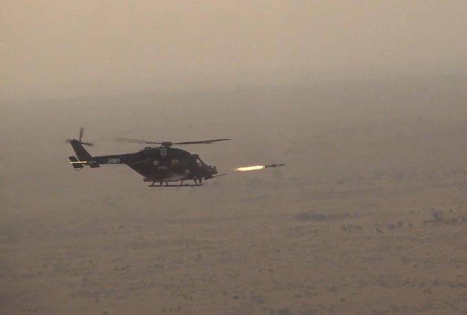 anti tank guided missiles helina dhruvastra india testfiressuccessfully china pakistan indian army | टैंक रोधी गाइडेड मिसाइलहेलिना, ध्रुवास्त्रका परीक्षण, जानिए कितने घातक हैं, देखें वीडियो