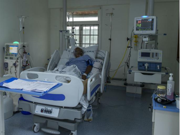 Dedicated COVID hospitals in Delhi to have CCTVs in all wards; permit one attendant | दिल्ली के कोविड-19 अस्पतालों के सभी वार्ड में लगेगा सीसीटीवी कैमरा