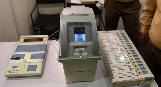 Exclusive: Election Commission's reply to opposition to double verified EVM machine | एक्सक्लूसिव: डबल वैरिफाइड EVM मशीन देगी विपक्ष को चुनाव आयोग का जवाब