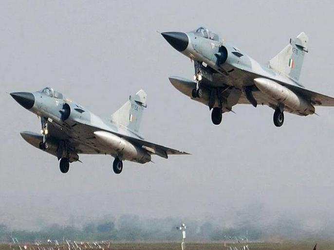 IAF carries out major readiness exercise near Pak border in Jammu kashmir, Punjab | भारतीय वायुसेना ने पाकिस्तान बॉर्डर पर लिया तैयारियों का जायजा, सुपरसोनिक स्पीड से उड़ाए फाइटर जेट