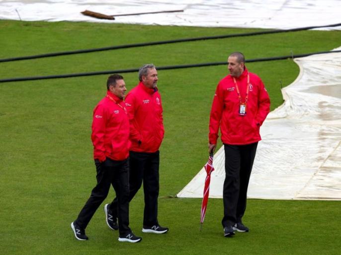ICC World Cup 2019, Bangladesh vs Sri Lanka: Match abandoned without toss due to rain   ICC World Cup, Ban vs SL: बारिश की भेंट चढ़ा टूर्नामेंट का तीसरा मैच, दोनों टीमों में बंटे 1-1 अंक