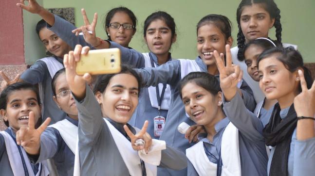 HBSE Board Result 2019: Haryana board Class 12th result declared, view topper list, deepak kumar top from science stream | HBSE HARYANA BOARD RESULT 2019: हरियाणा बोर्ड के 12 वीं का रिजल्ट हुआ जारी, भिवानी के दीपक कुमार ने किया टॉप