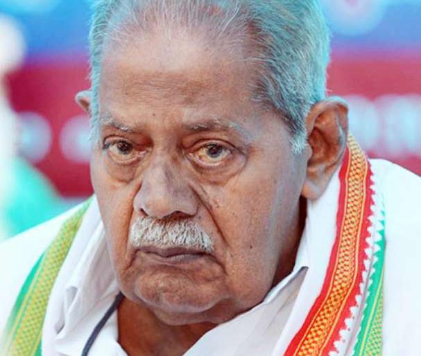Former minister Kadavoor Sivadasan passes away. | वरिष्ठ कांग्रेस नेता और केरल के पूर्व मंत्री कदावूर शिवदासन का निधन