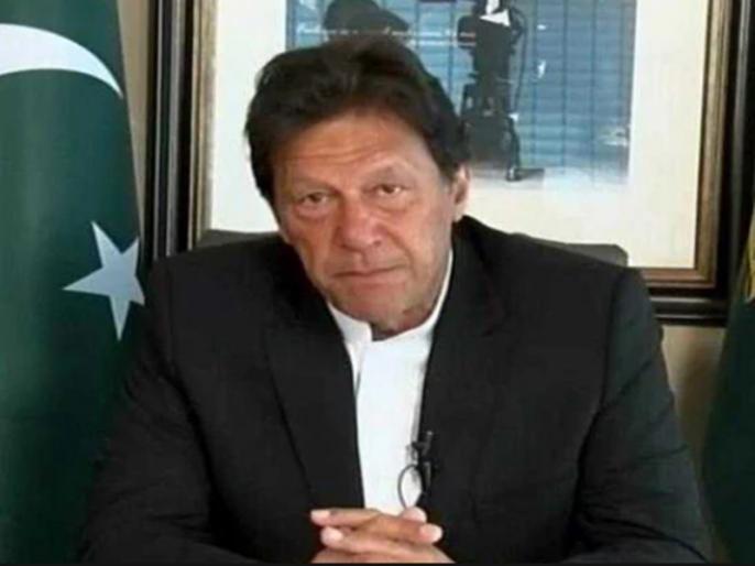 Pak journalist seeks judicial probe after being tortured by PTI lawmakers | पाकिस्तानी पत्रकार का दावा- इमरान खान की पार्टी वालों ने मुझे नंगा कर के नचाया और वीडियो बनाया