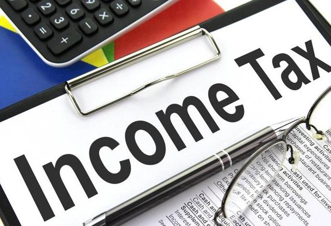 Deal with taxpayers courteously: Income Tax department to taxman   गलत इनकम टैक्स भरने वालों पर सख्ती के बाद आयकर विभाग ने अपने अधिकारियों को दिए ये निर्देश