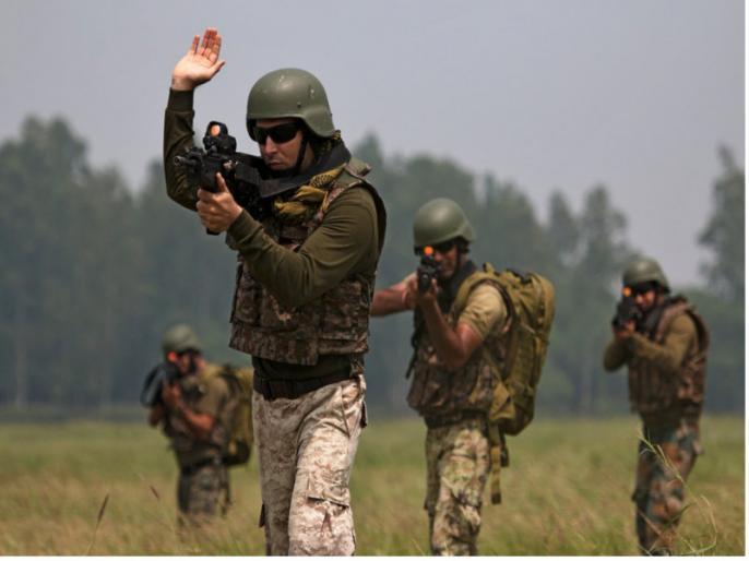 Indian Air Force shows its strength at war exercise Gagan Shakti | भारतीय वायुसेना चीन सीमा के पास दिखा रही अपनी ताकत, दुश्मनों के छूटेंगे पसीने