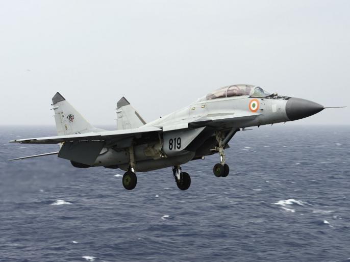 Government approves purchase of fighter jets, missile systems and weapons, citing border security   भारतीय सेनाओं के बेड़े में शामिल होंगे ये लड़ाकू विमान, मिसाइल सिस्टम और हथियार, सरकार ने 38,900 करोड़ के पैकेज को दी मंजूरी