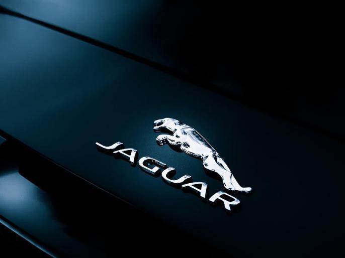 Jaguar Land Rover begins Brexit-linked UK plant shutdowns | जगुआर लैंड रोवर में काम हुआ बंद, जानें क्या है मामला