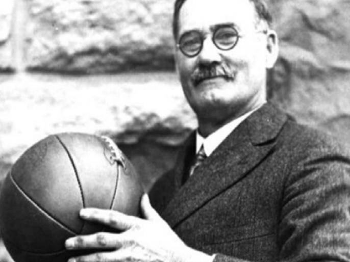 Google Doodle remembers James Naismith inventor of basketball | Google Doodle: बॉस्केटबॉल के जनक को याद कर रहा है गूगल, डॉ जेम्स नेसमिथ पर खास डूडल, जानिए उनके बारे में