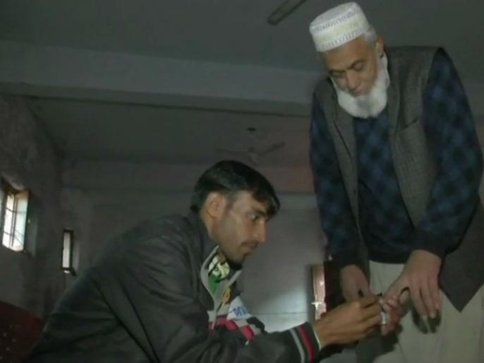 Lok Sabha election 2019: jammu kashmir election preparation Security situation LOC due to Pakistan | लोकसभा चुनाव 2019: पाकिस्तान के बिगड़ते माहौल में जम्मू-कश्मीर सीमाओं पर मतदान के लिए आपात योजनाएं